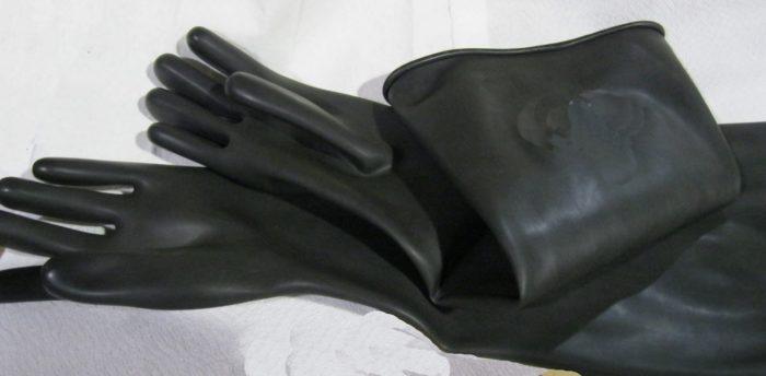 24 Inch Sandblast Cabinet Gloves