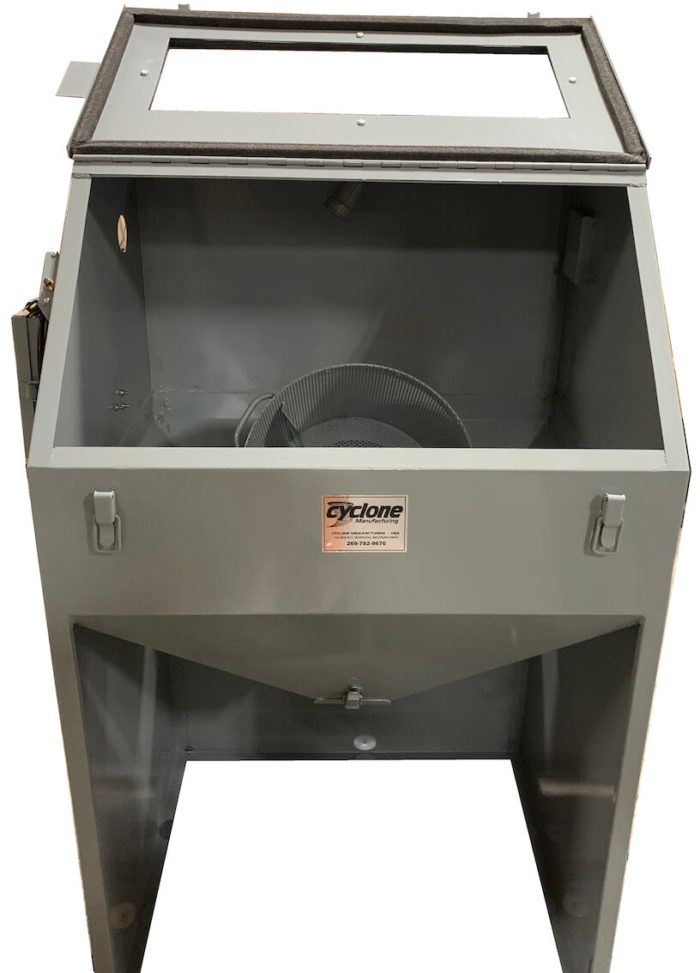 Cyclone T14 tumble blast cabinet - Front light off