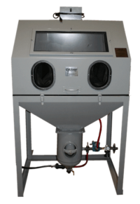 cyclone-dp38-direct-pressure-blast-cabinet-front-closed