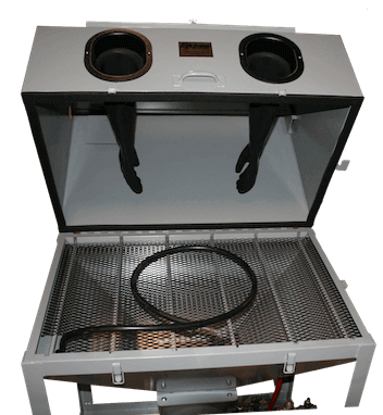 DP 38 Pressure Sandblasting Cabinet