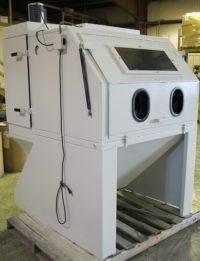 cyclone-hd4836-abrasive-industrial-sandblasting-cabinet