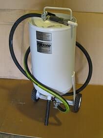 PT 100 Pressure Pot Sandblaster