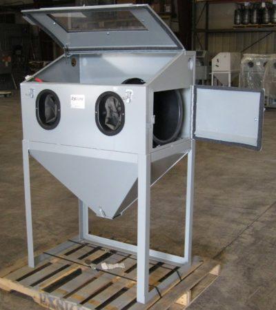used-sandblasting-cyclone-3624-abrasive-cabinet