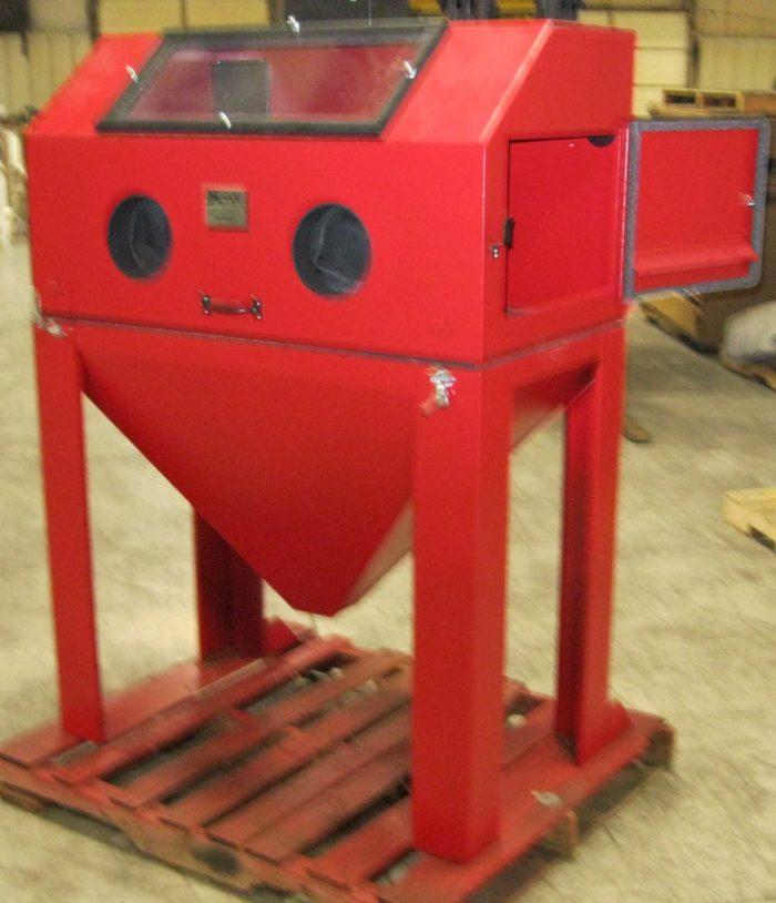 4224 Abrasive Sandblasting Cabinet (Old Style)