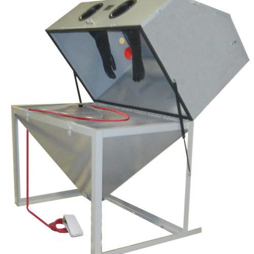 Model T150-LE Media Blast Cabinet