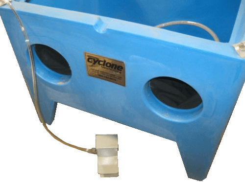 mini-sandblaster-cabinet-cyclone-ep100-foot-pedal